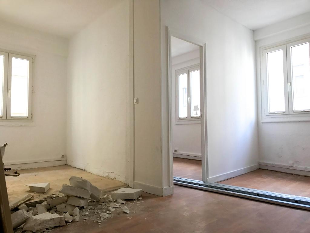infinity capital vente appartement t1 studio lyon 6e arrondissement. Black Bedroom Furniture Sets. Home Design Ideas